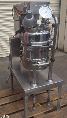 Novatech Stock 3872 Groen lab scale process vessel
