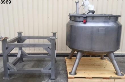 Novatech Stock 3969 1200 ltr mixing vessel with stand