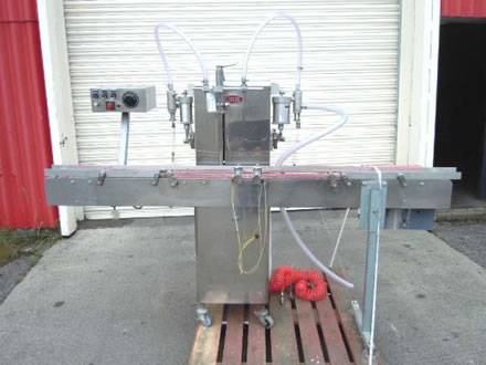 KING model K400 automatic four head inline liquid filling ma