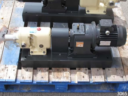 SSP lobe pump model AP100/BS, with 316 st.stl contact parts
