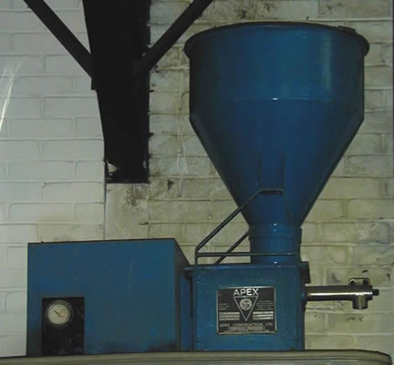 APEX auger feeder