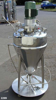 Conical mixing vessel